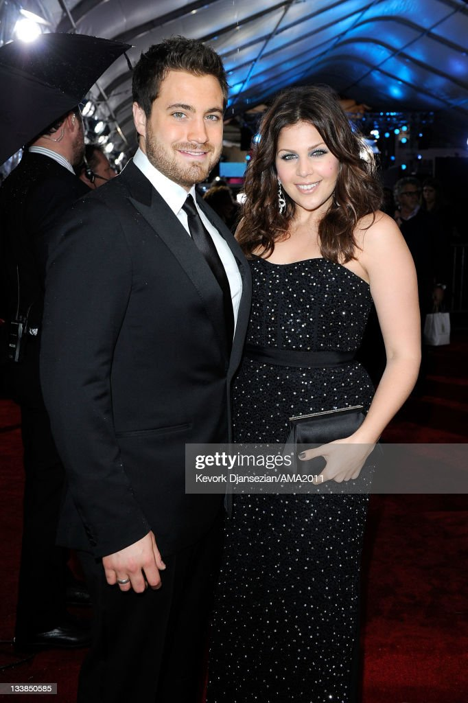 Musicians Chris Tyrrell and Hillary Scott of Lady Antebellum arrive at the 2011 American Music Awards held at Nokia Theatre L.A. LIVE on November 20, 2011 in Los Angeles, California.