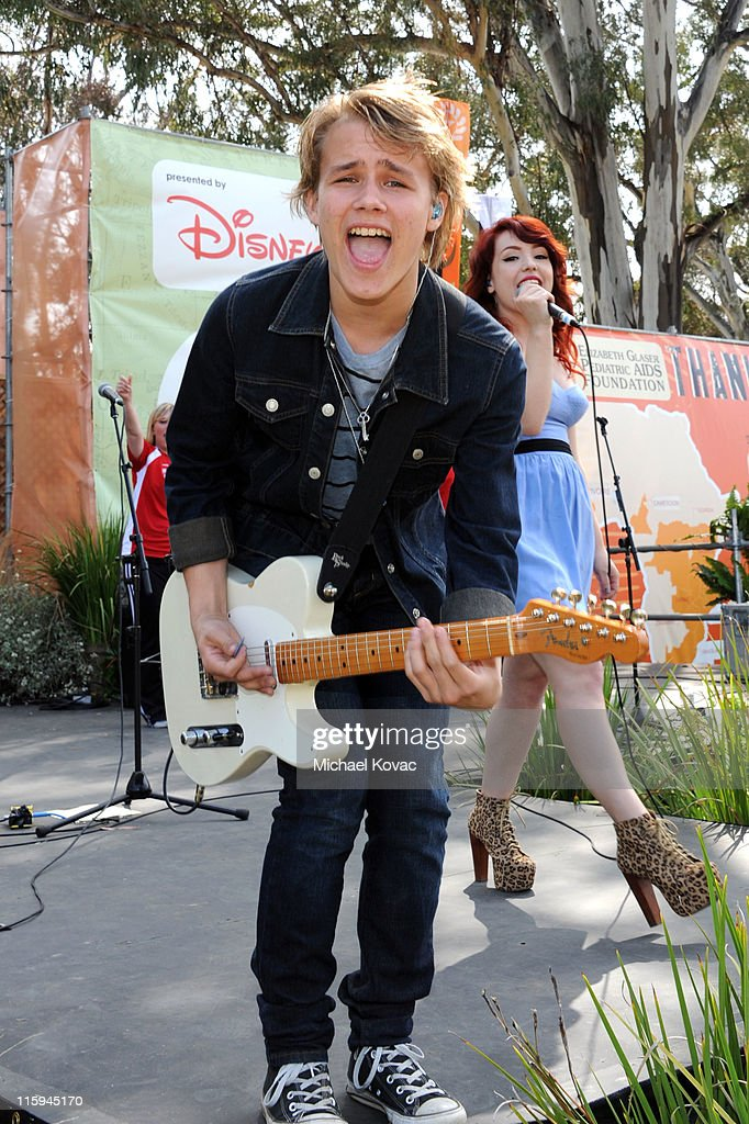 Musicians Duran (L) and Carley from Radio Disney 'N.B.T.' Winner Kicking Daisies perform during the 22nd Annual Time for Heroes Celebrity Picnic Sponsored by Disney to Benefit the Elizabeth Glaser Pediatric AIDS Foundation at Wadsworth Theater on June 12, 2011 in Los Angeles, California.