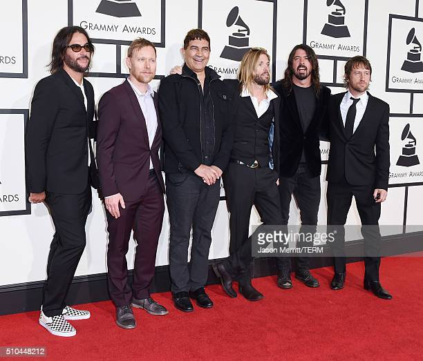 Musicians Franz Stahl Nate Mendel Pat Smear Taylor Hawkins Dave Grohl and Chris Shiflett of Foo Fighters attend The 58th GRAMMY Awards at Staples...