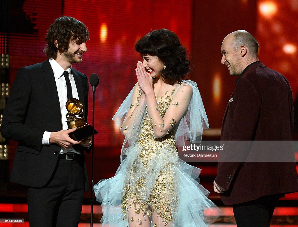 Musicians <a gi-track='captionPersonalityLinkClicked' href=/galleries/search?phrase=Gotye&family=editorial&specificpeople=4056440 ng-click='$event.stopPropagation()'>Gotye</a>, Kimbra and William Bowden accept Record of the Year award for 'Somebody That I Used to Know' onstage at the 55th Annual GRAMMY Awards at Staples Center on February 10, 2013 in Los Angeles, California.