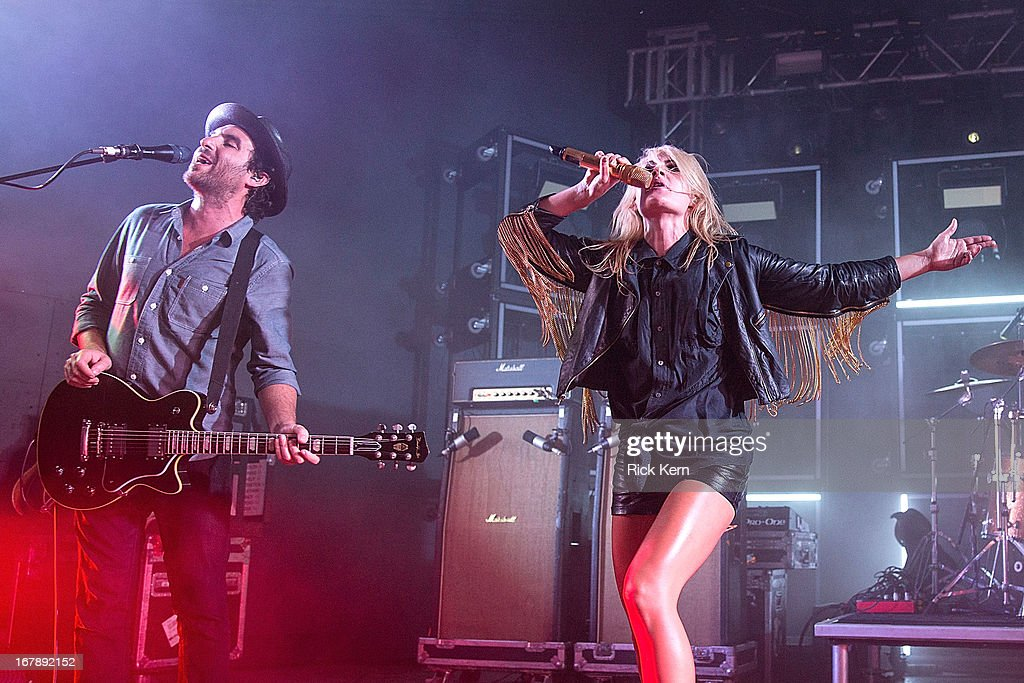 Musicians James Shaw and <a gi-track='captionPersonalityLinkClicked' href=/galleries/search?phrase=Emily+Haines&family=editorial&specificpeople=557275 ng-click='$event.stopPropagation()'>Emily Haines</a> of Metric perform in concert at Stubb's Bar-B-Q on May 1, 2013 in Austin, Texas.