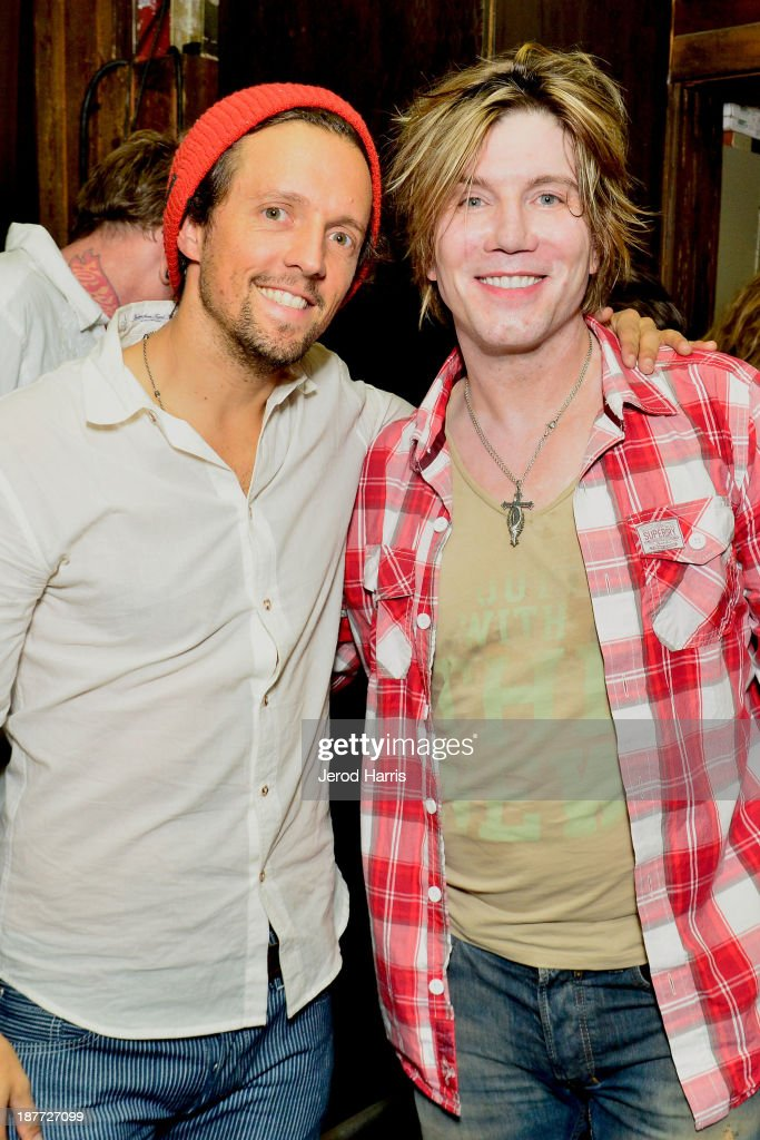 Musicians Jason Mraz and Johnny Rzeznik attend the 2nd Annual Rob Machado Foundation benefit concert at the Belly Up Tavern on November 11 2013 in...