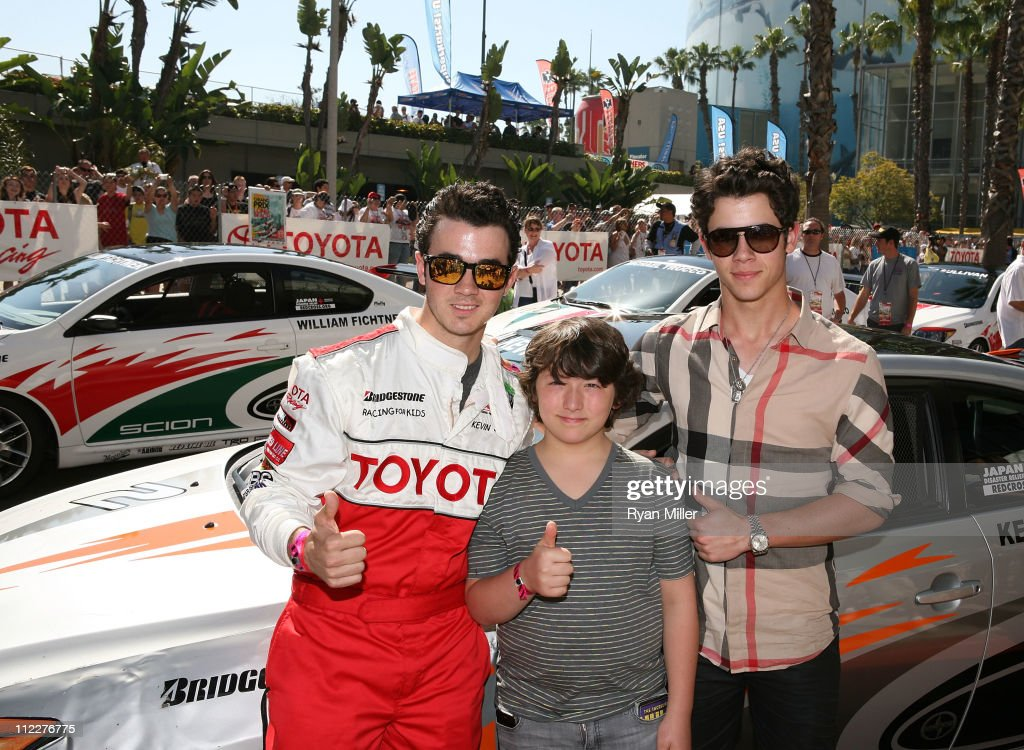 Celebrity Race Car Drivers - Biography