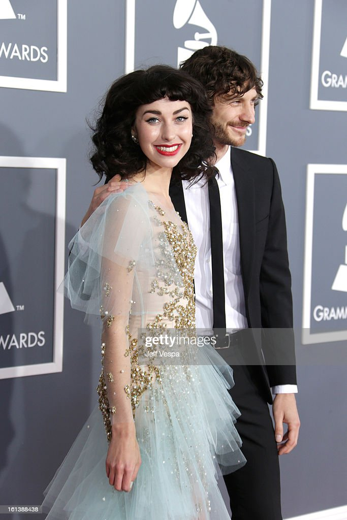Musicians Kimbra (L) and <a gi-track='captionPersonalityLinkClicked' href=/galleries/search?phrase=Gotye&family=editorial&specificpeople=4056440 ng-click='$event.stopPropagation()'>Gotye</a> attend the 55th Annual GRAMMY Awards at STAPLES Center on February 10, 2013 in Los Angeles, California.