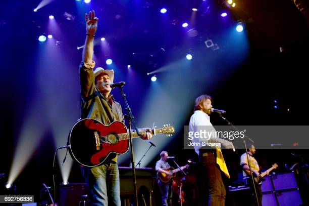 Musicians Kix Brooks and Ronnie Dunn of Brooks Dunn perform during the 8th annual Darius Friends concert to benefit St Jude's Children's Research...