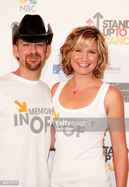 Musicians Kristian Bush and Jennifer Nettles of Sugarland arrive at Stand Up For Cancer at The Kodak Theatre on September 5 2008 in Hollywood...