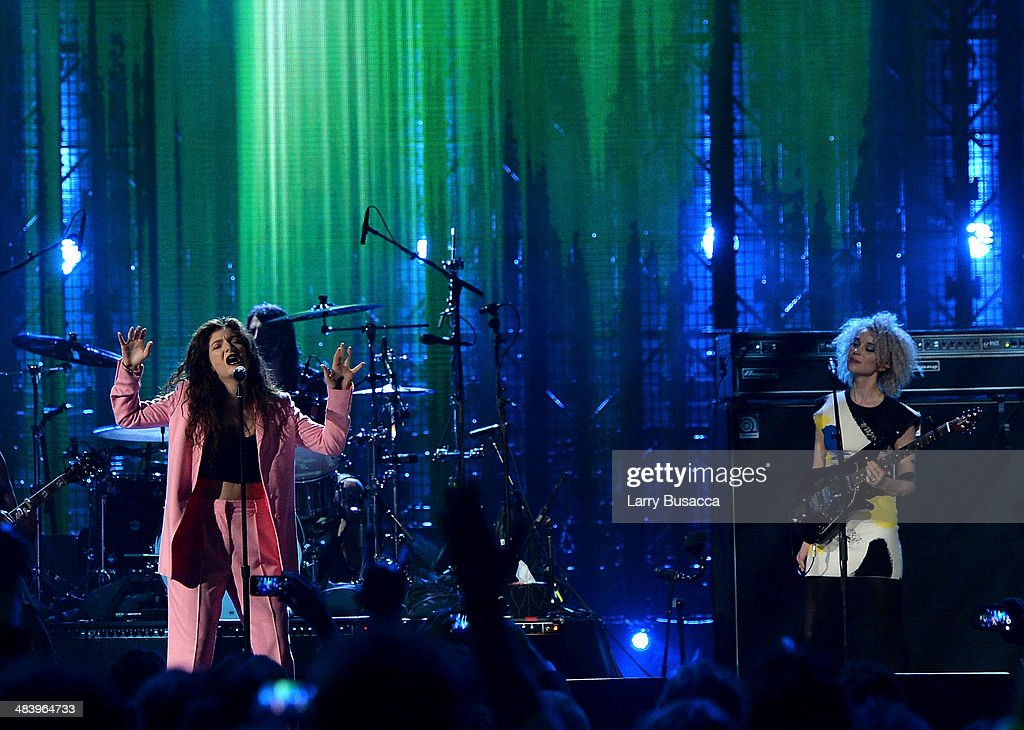 Musicians <a gi-track='captionPersonalityLinkClicked' href=/galleries/search?phrase=Lorde&family=editorial&specificpeople=3209104 ng-click='$event.stopPropagation()'>Lorde</a> and St. Vincent perform onstage at the 29th Annual Rock And Roll Hall Of Fame Induction Ceremony at Barclays Center of Brooklyn on April 10, 2014 in New York City.