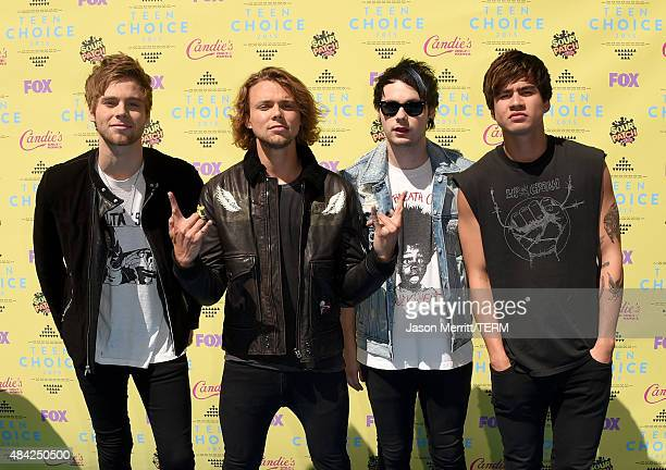 Musicians Luke Hemmings Ashton Irwin Michael Clifford and Calum Hood of 5 Seconds of Summer attend the Teen Choice Awards 2015 at the USC Galen...