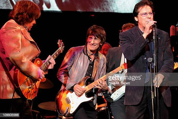 Musicians Mick Taylor Ronnie Wood and Shakin Stevens perform at 'Boogie for Stu A Tribute to Ian Stewart' a charity concert in memory of The Rolling...