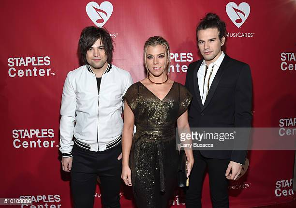 Musicians Neil Perry Kimberly Perry and Reid Perry of The Band Perry attend the 2016 MusiCares Person of the Year honoring Lionel Richie at the Los...