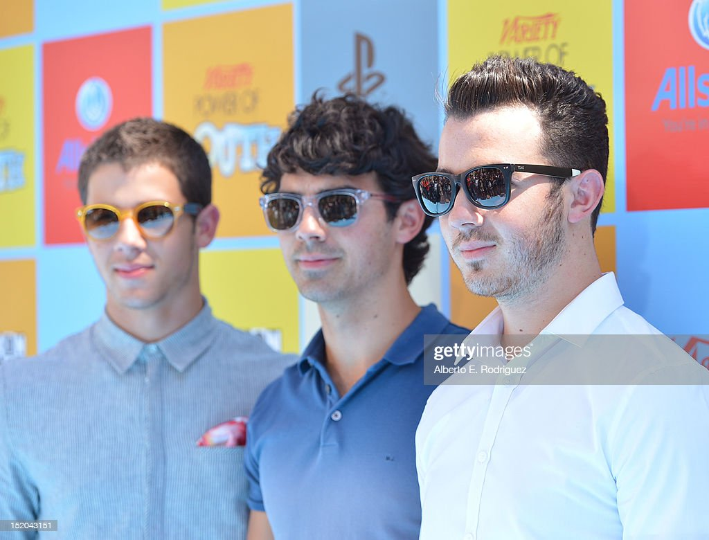 Musicians <a gi-track='captionPersonalityLinkClicked' href=/galleries/search?phrase=Nick+Jonas&family=editorial&specificpeople=842713 ng-click='$event.stopPropagation()'>Nick Jonas</a>, <a gi-track='captionPersonalityLinkClicked' href=/galleries/search?phrase=Joe+Jonas&family=editorial&specificpeople=842712 ng-click='$event.stopPropagation()'>Joe Jonas</a> and <a gi-track='captionPersonalityLinkClicked' href=/galleries/search?phrase=Kevin+Jonas&family=editorial&specificpeople=709547 ng-click='$event.stopPropagation()'>Kevin Jonas</a> of the Jonas Brothers arrive at Variety's Power of Youth presented by Cartoon Network held at Paramount Studios on September 15, 2012 in Hollywood, California.