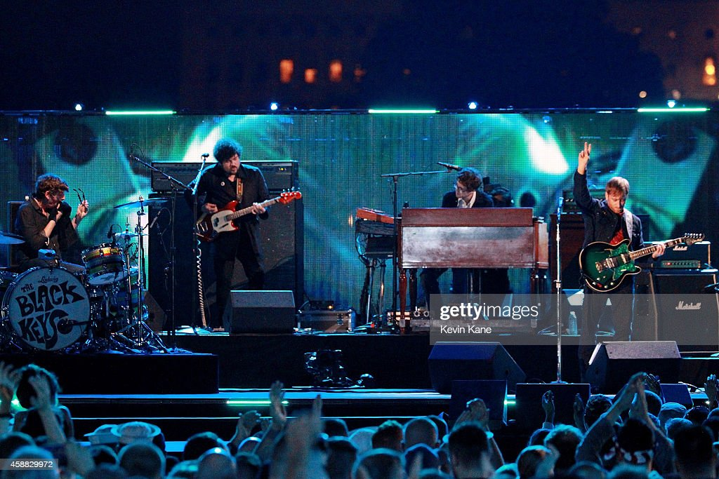 Musicians Patrick Carney (L) and Dan Auerbach (R) of The Black Keys performs onstage during 'The Concert For Valor' at The National Mall on November 11, 2014 in Washington, DC.