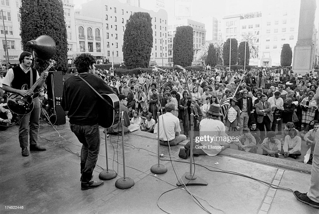 Musicians perform on stage for an audience of antiVietnam War protestors as they await President Nixon's arrival at the St Francis Hotel San...