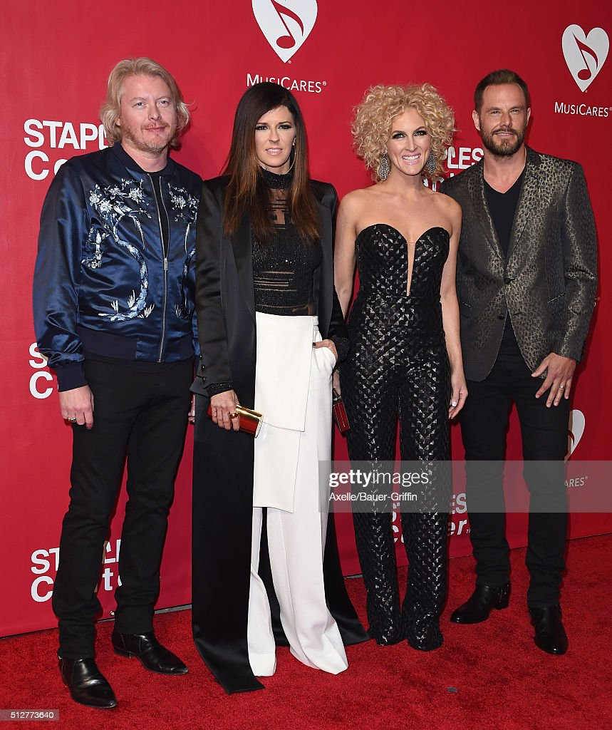 Musicians Phillip Sweet Kimberly Roads Schlapman Karen Fairchild and Jimi Westbrook of Little Big Town arrive at the 2016 MusiCares Person of the...