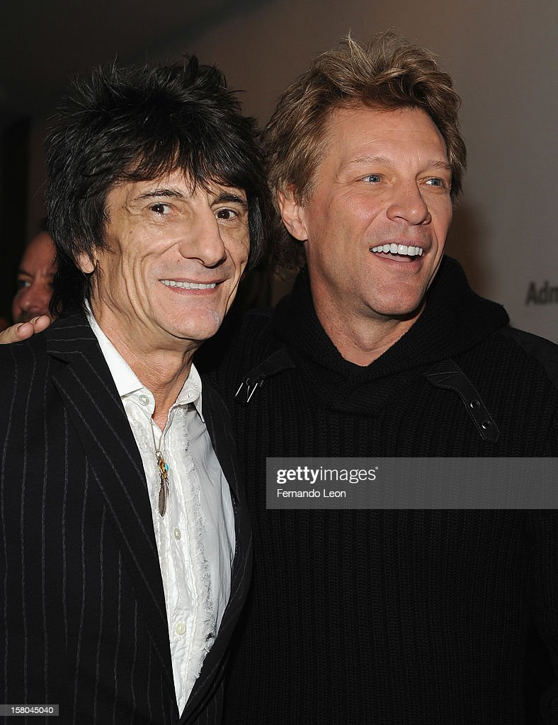 Musicians Ronnie Wood and <a gi-track='captionPersonalityLinkClicked' href=/galleries/search?phrase=Jon+Bon+Jovi&family=editorial&specificpeople=201527 ng-click='$event.stopPropagation()'>Jon Bon Jovi</a> (R) attend the premiere of 'Stand Up Guys' hosted by The Cinema Society with Chrysler and Bally at MOMA on December 9, 2012 in New York City.