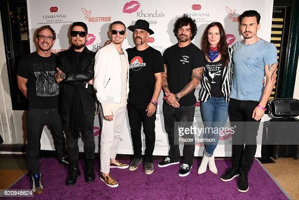 Musicians Scott Shriner Dave Navarro Chester Bennington Dave Kushner Joey Castillo Juliette Lewis and Brad Wilk of The Hellcat Saints attend the 2016...