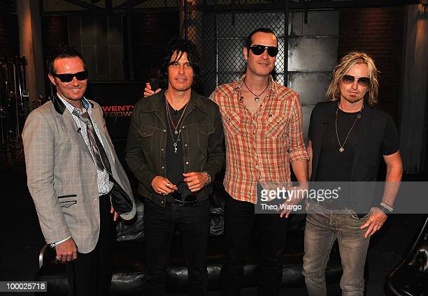 Musicians Scott Weiland Dean DeLeo Robert DeLeo and Eric Kretz of Stone Temple Pilots visit fuse Studios on May 20 2010 in New York City