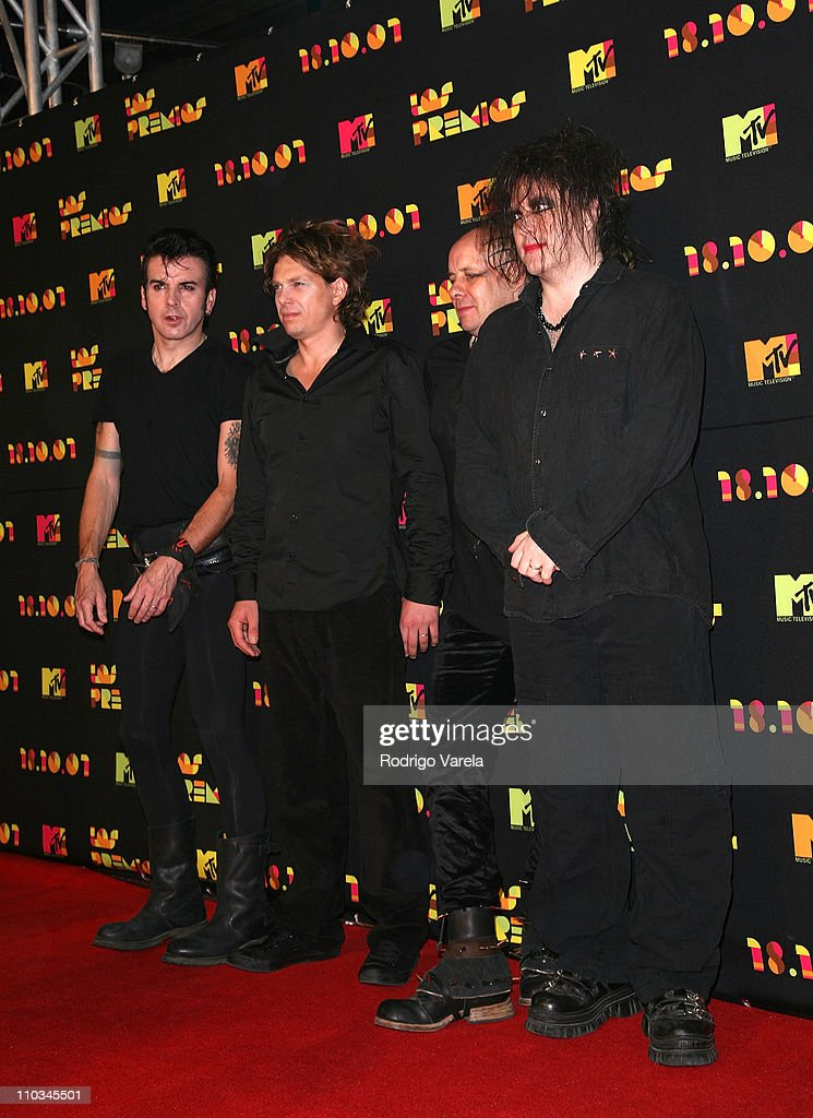 Musicians Simon Gallup, Jason Cooper, Porl Thompson and Robert Smith of The Cure arrive at the Los Premios MTV Latin America 2007 at the Palacio de los Deportes on October 18, 2007 in Mexico City, Mexico.