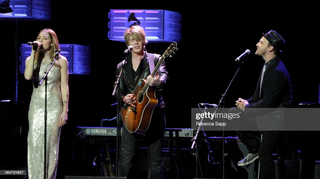 Musicians Skylar Grey John Rzeznik and Gavin DeGraw perform at 'A Song Is Born' the 16th Annual GRAMMY Foundation Legacy Concert held at the Wilshire...