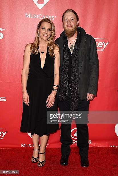 Musicians Susan Tedeschi and Derek Trucks attend the 25th anniversary MusiCares 2015 Person Of The Year Gala honoring Bob Dylan at the Los Angeles...