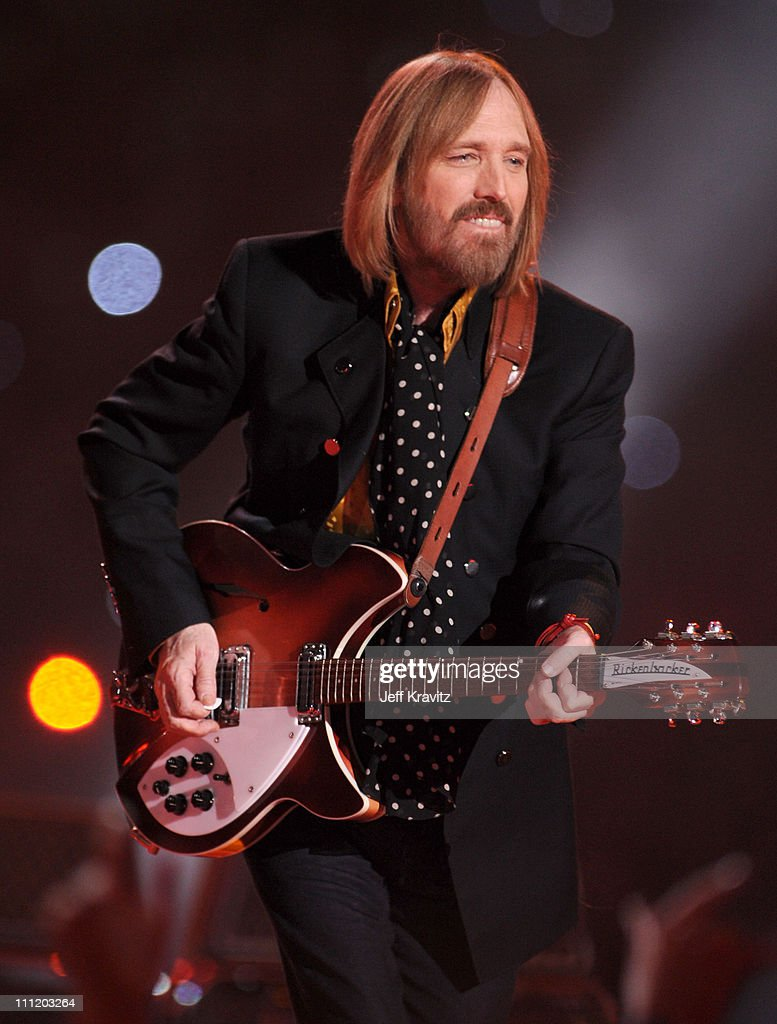 Musicians Tom Petty & The Heartbreakers perform during the 'Bridgestone Halftime Show' at Super Bowl XLII between the New York Giants and the New England Patriots on February 3, 2008 at University of Phoenix Stadium in Glendale, Arizona.