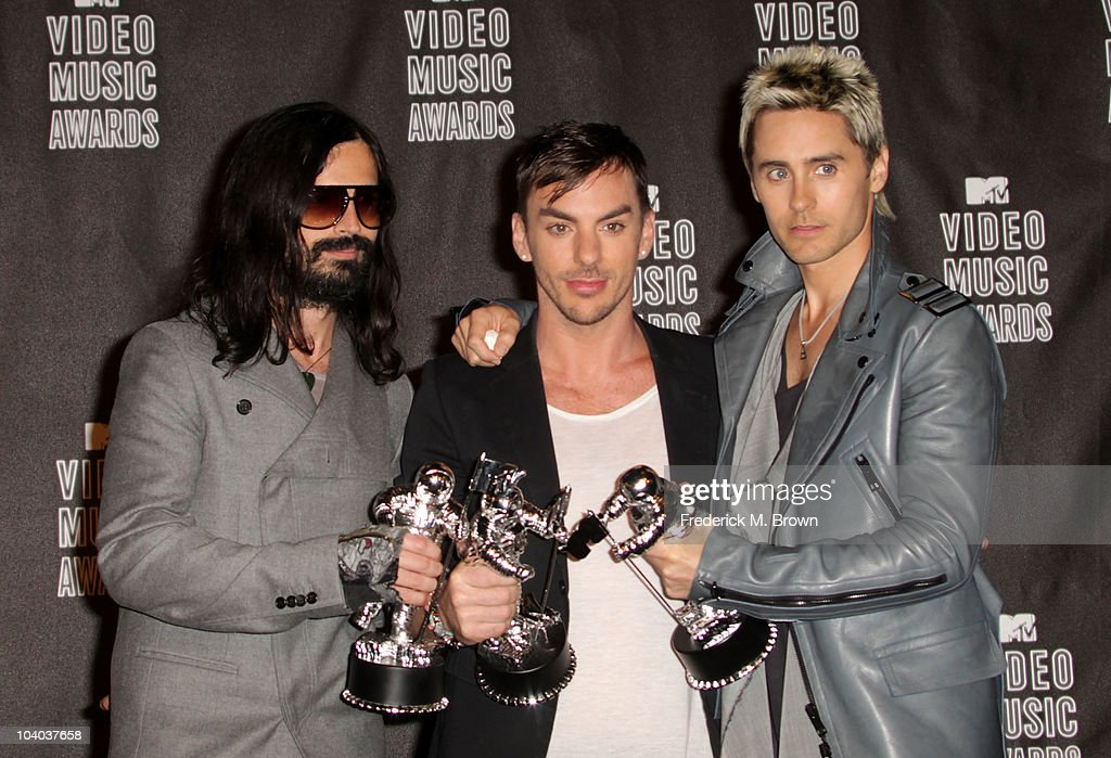 Musicians Tomo Milicevic, <a gi-track='captionPersonalityLinkClicked' href=/galleries/search?phrase=Shannon+Leto&family=editorial&specificpeople=764946 ng-click='$event.stopPropagation()'>Shannon Leto</a> and <a gi-track='captionPersonalityLinkClicked' href=/galleries/search?phrase=Jared+Leto&family=editorial&specificpeople=214764 ng-click='$event.stopPropagation()'>Jared Leto</a> of 30 Seconds to Mars poses in the press room with their award for Best Rock Video during the MTV Video Music Awards at NOKIA Theatre L.A. LIVE on September 12, 2010 in Los Angeles, California.