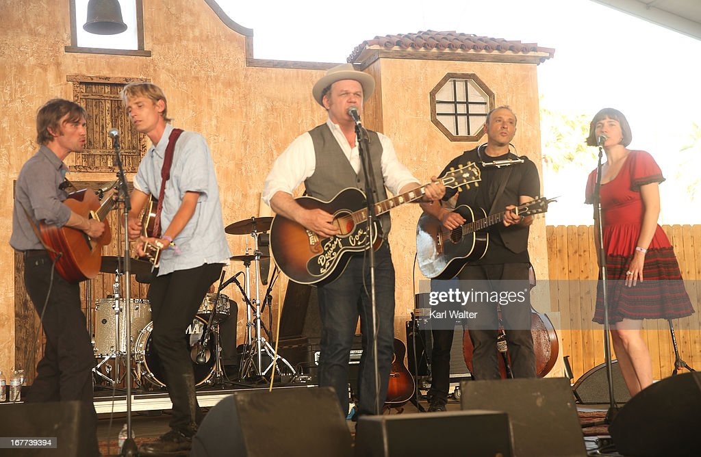 Musicians Willie WatsonTom Brosseau John C Reilly Dan Bern and Becky Stark perform onstage during 2013 Stagecoach California's Country Music Festival...