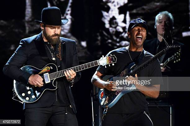 Musicians Zac Brown and Tom Morello perform a Paul Butterfield Blues Band song onstage during the 30th Annual Rock And Roll Hall Of Fame Induction...