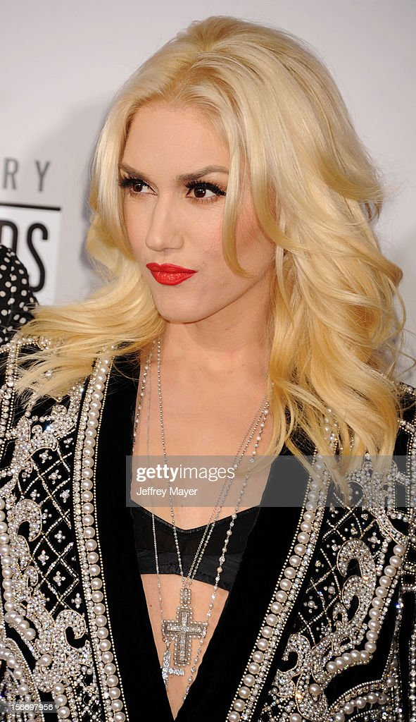Musician/singer Gwen Stefani of No Doubt attends the 40th Anniversary American Music Awards held at Nokia Theatre L.A. Live on November 18, 2012 in Los Angeles, California.