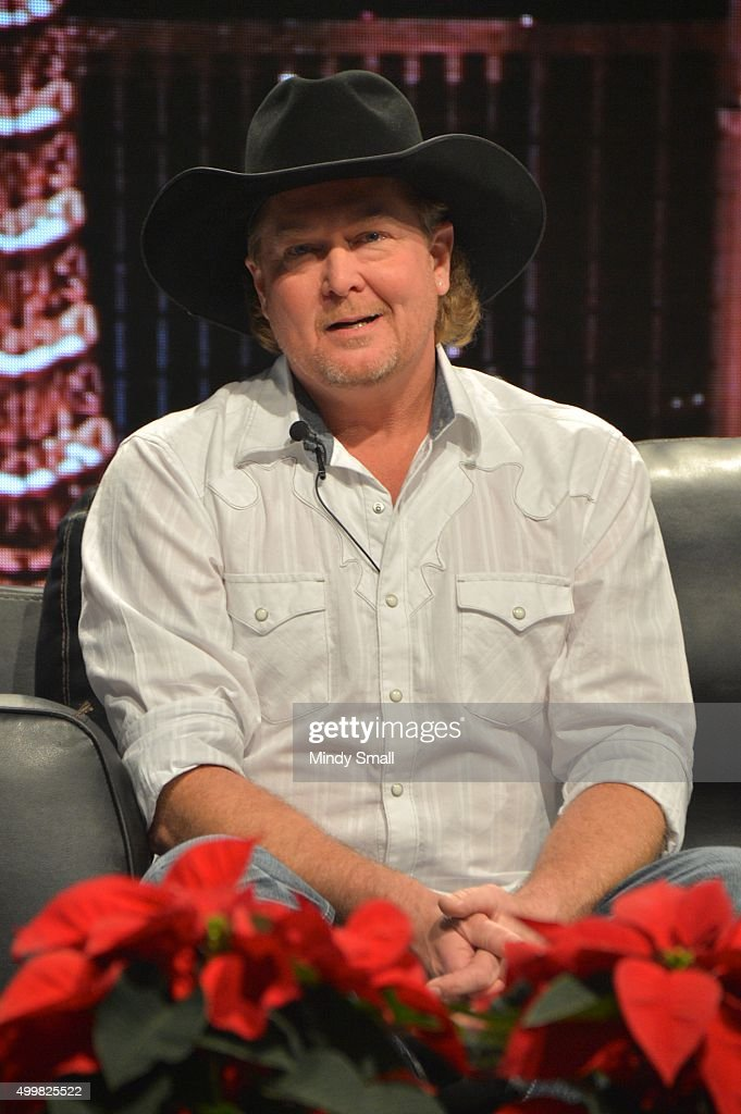 Musician/singer <a gi-track='captionPersonalityLinkClicked' href=/galleries/search?phrase=Tracy+Lawrence&family=editorial&specificpeople=217325 ng-click='$event.stopPropagation()'>Tracy Lawrence</a> appears during the 'Outside The Barrel' with Flint Rasmussen show at Rodeo Live during the National Finals Rodeo's Cowboy Christmas at the Las Vegas Convention Center on December 3, 2015 in Las Vegas, Nevada.
