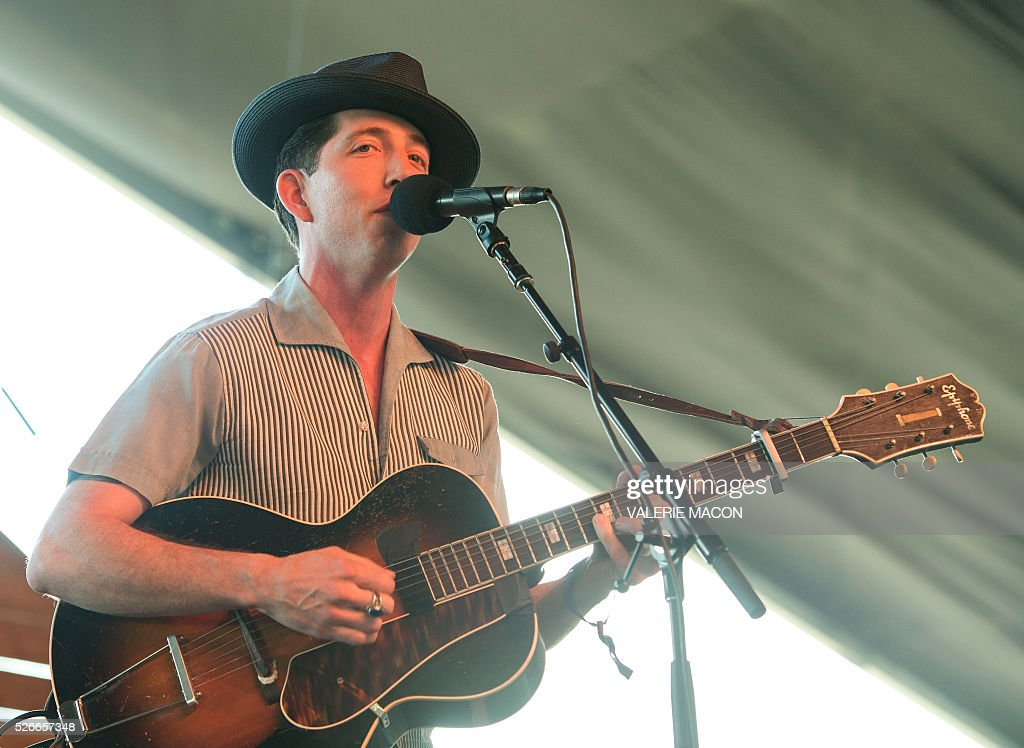 Musician/songwriter Pokey LaFarge performs at Stagecoach 2016, in Indio, California, on April 30, 2016. / AFP / VALERIE