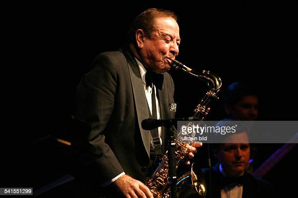 Musiker Saxofonist USAspielt Saxofon bei einem Konzert im ICC in Berlin