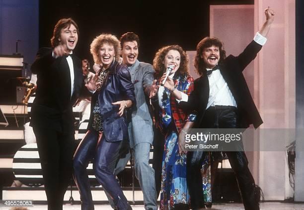 Musikgruppe 'Dschingis Khan' mit Louis Potgieter Leslie Mandoki Auftritt ca 1987 in Deutschland