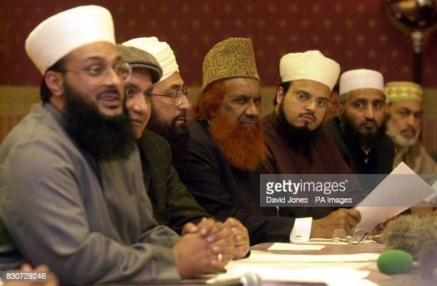 Muslim Clerics of The International Muslim Organisation listen as Chairman Hazrat Pir Faizal Hutab Saddiqi addresses a 1 day convention of muslim...