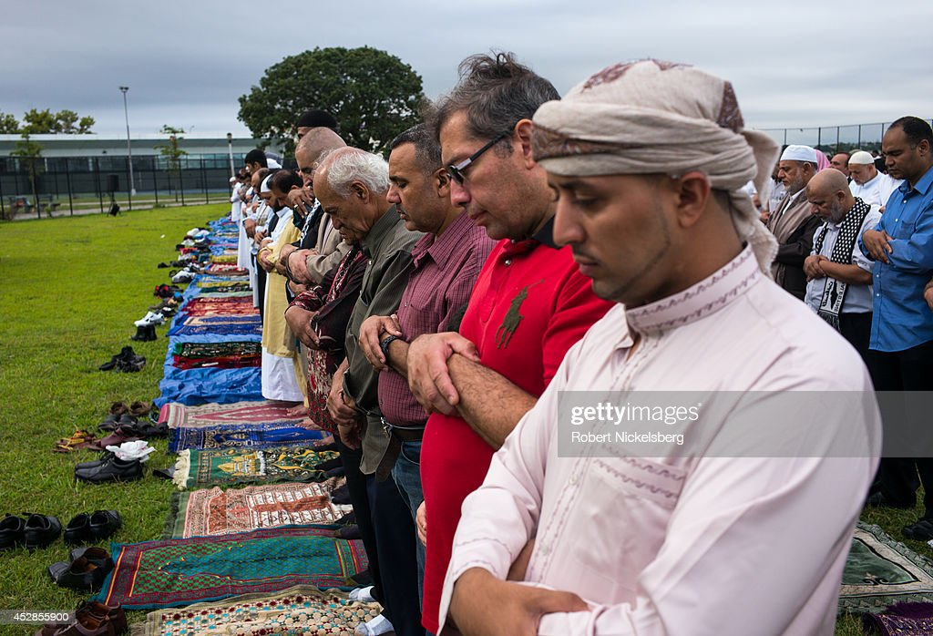 christmas muslim single men By contrast, every time a rich man takes an extra wife, another poor man must remain single if the richest and most powerful 10% of men have, say, four wives each, the bottom 30% of men cannot marry.