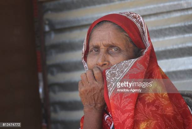 Muslim Sri Lankan woman gestures to camera in Colombo the capital of Sri Lanka on July 10 2017 An island country Sri Lanka is famous with its spice...