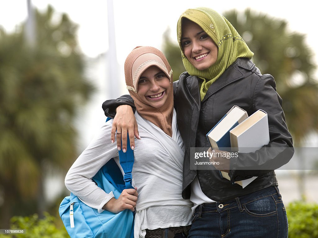 Muslim students teenage girls : Stock Photo