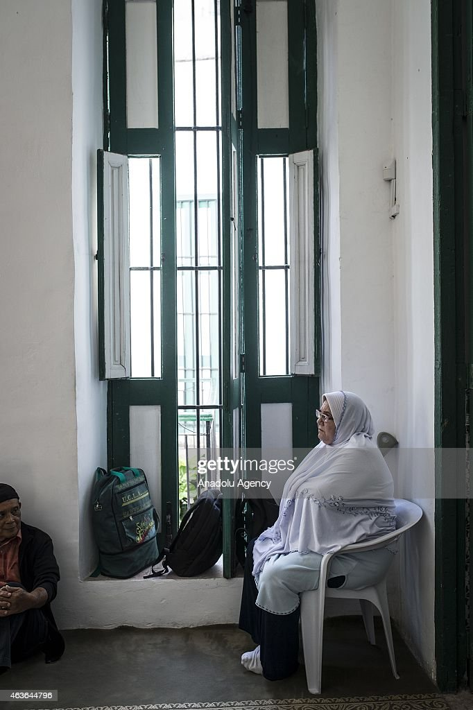casa muslim With 93% of its population being considered religious, islam is the majority and  constitutionally established state religion in morocco the vast majority of.