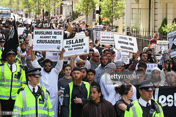 Muslims arrive to protest against the killing of Osama bin Laden outside the US embassy in Mayfair on May 6 2011 in London England The demonstration...