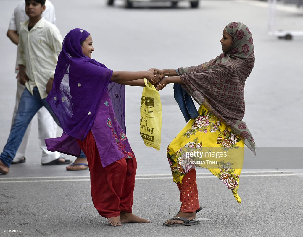 Muslims girls playing due to Friday Namaz at Geeta Colony on July 1, 2016 in New Delhi, India. Eid-Ul-Fitr will be observed in India on July 6 or 7, depending on the sighting of the moon. The submissions should be done till July 3, 11 am.