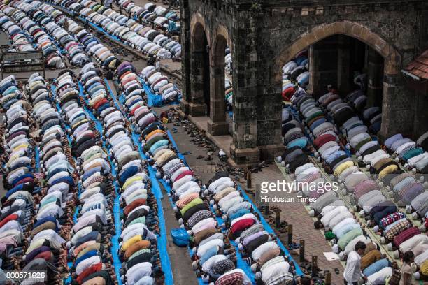 Muslims offering prayers on the last Friday of the holy month of Ramadan at Bandra on June 23 2017 in Mumbai India Ramadan is the ninth month of the...