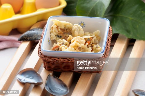 Mussels fried in batter : Stock Photo