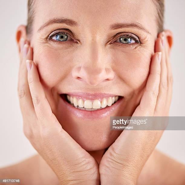 Die Haut fühlt sich toll an, nachdem das Schönheitsbehandlung