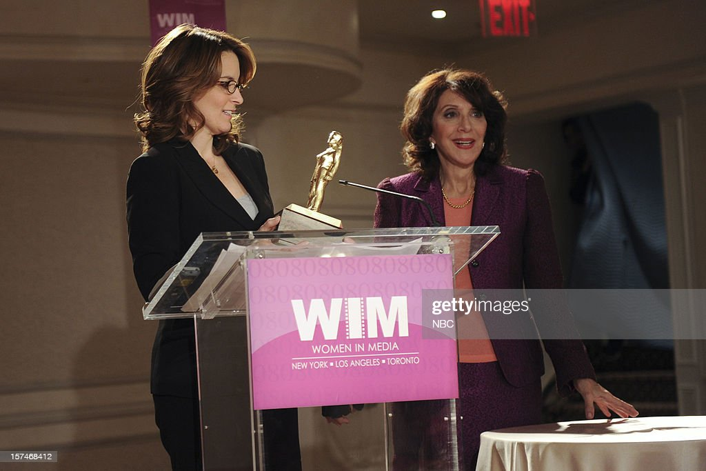 30 ROCK -- 'My Whole Life is Thunder' Episode 708 -- Pictured: (l-r) Tina Fey as Liz Lemon, Andrea Martin as Bonnie --