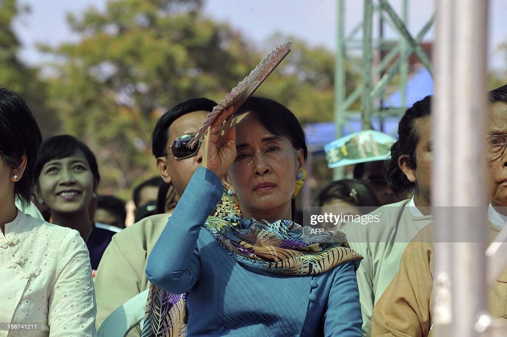 Myanmar democracy leader Aung San Suu Kyi attends a fund raising drive for and education network for her National League for Democracy (NLD) party in Yangon on December 27, 2012. AFP Photo/ YE AUNG THU