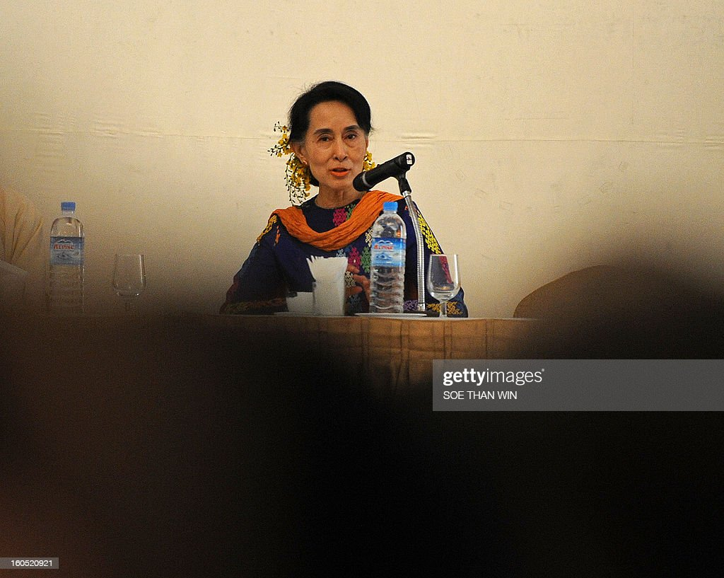 Myanmar opposition icon Aung San Suu Kyi attends the Irrawaddy Literary festival press conference at Inya Lake hotel in Yangon on February 2, 2013. AFP PHOTO/ Soe Than WIN