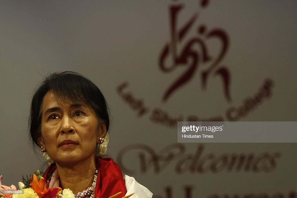 Myanmar opposition leader and National League for Democracy Chairperson <a gi-track='captionPersonalityLinkClicked' href=/galleries/search?phrase=Aung+San+Suu+Kyi&family=editorial&specificpeople=214208 ng-click='$event.stopPropagation()'>Aung San Suu Kyi</a> during her visit to Lady Sri Ram College, her alma mater on November 16, 2012 in New Delhi, India.