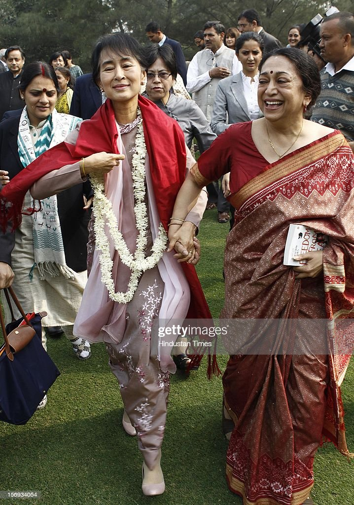 Myanmar opposition leader and National League for Democracy Chairperson Aung San Suu Kyi meanders around college campus during her visit to Lady Sri Ram College, her alma mater on November 16, 2012 in New Delhi, India.