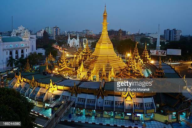 Myanmar (Burma), Yangon (Rangoon), Paya Sule