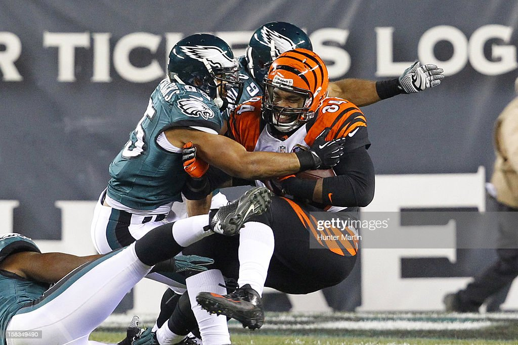 Mychal Kendricks #95 of the Philadelphia Eagles tackles <a gi-track='captionPersonalityLinkClicked' href=/galleries/search?phrase=Jermaine+Gresham&family=editorial&specificpeople=4023341 ng-click='$event.stopPropagation()'>Jermaine Gresham</a> #84 of the Cincinnati Bengals during a game on December 13, 2012 at Lincoln Financial Field in Philadelphia, Pennsylvania. The Bengals won 34-13.